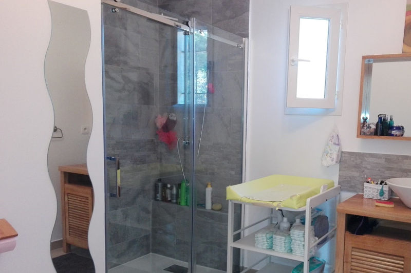 Peinture salle de bain Pertuis