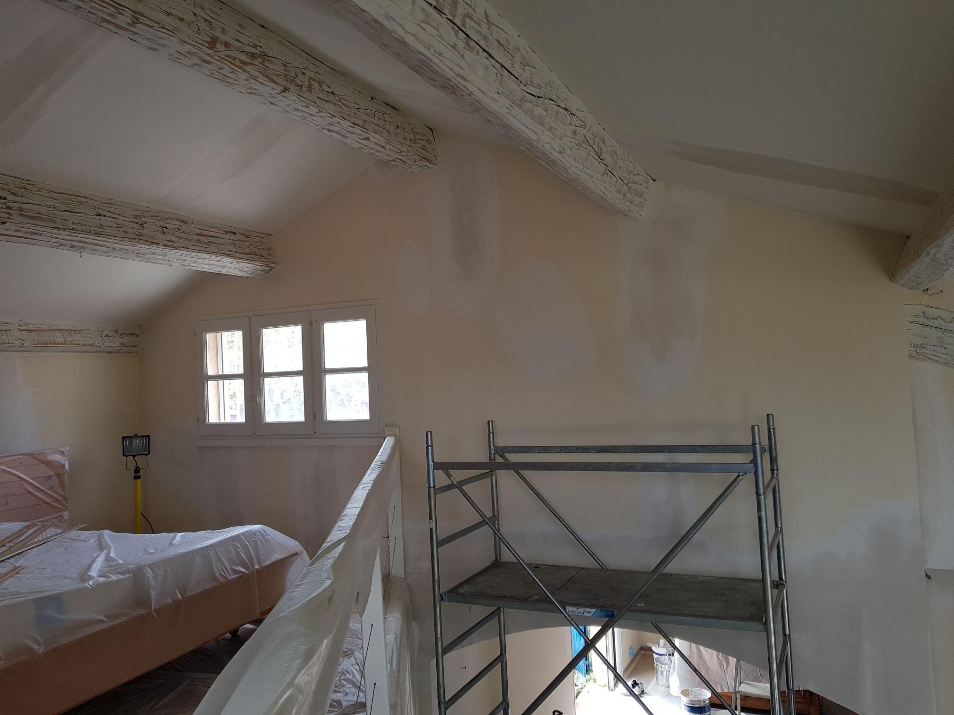 Rénovation peinture salon Cabriès avant